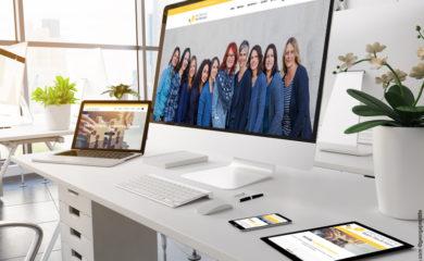 Neue Homepage auf Computerbildschirm